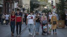 In giro senza mascherina? Ecco la sanzione alternativa della Turchia