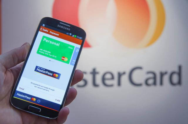 MasterCard is testing a new way for you to pay with your face