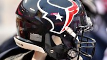 Texans close facility after player tests positive for COVID-19