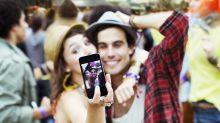 Casais realmente felizes não expõem a vida nas redes sociais, aponta estudo
