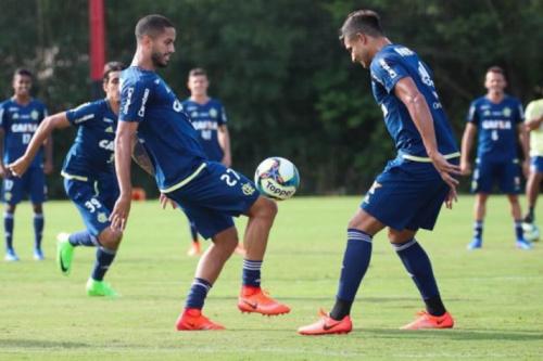 Flamengo faz treino tático em preparação para duelo no Chile