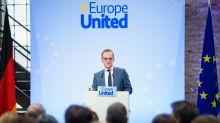Zone euro: Merkel critiquée par son chef de la diplomatie