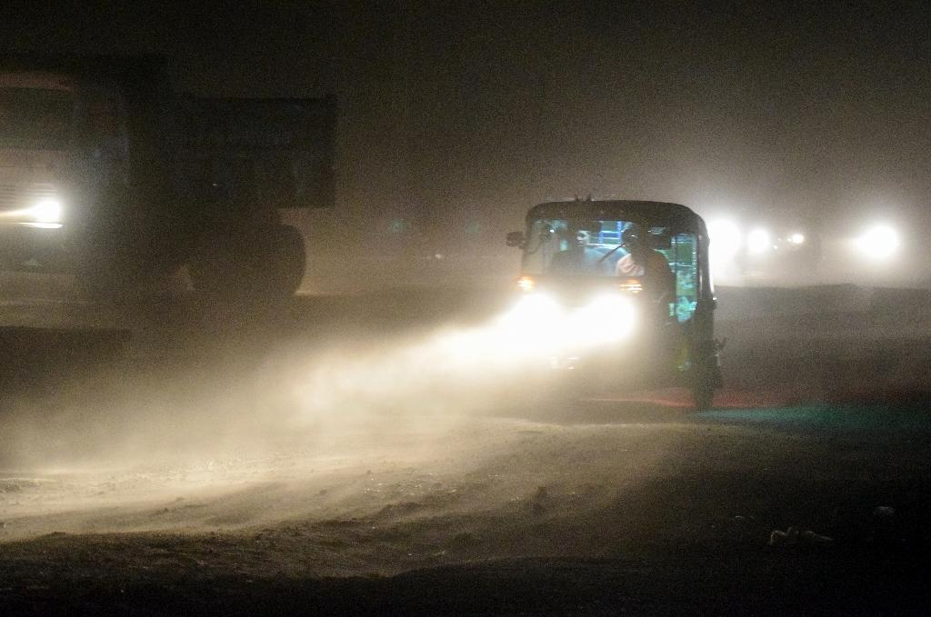 Ferocious dust storms have killed at least 65 people in the northern state of Uttar Pradesh (AFP Photo/-)