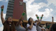 """""""Dejen de ignorar nuestras voces"""": Alumnas de la Facultad de Química de la UNAM inician paro virtual"""