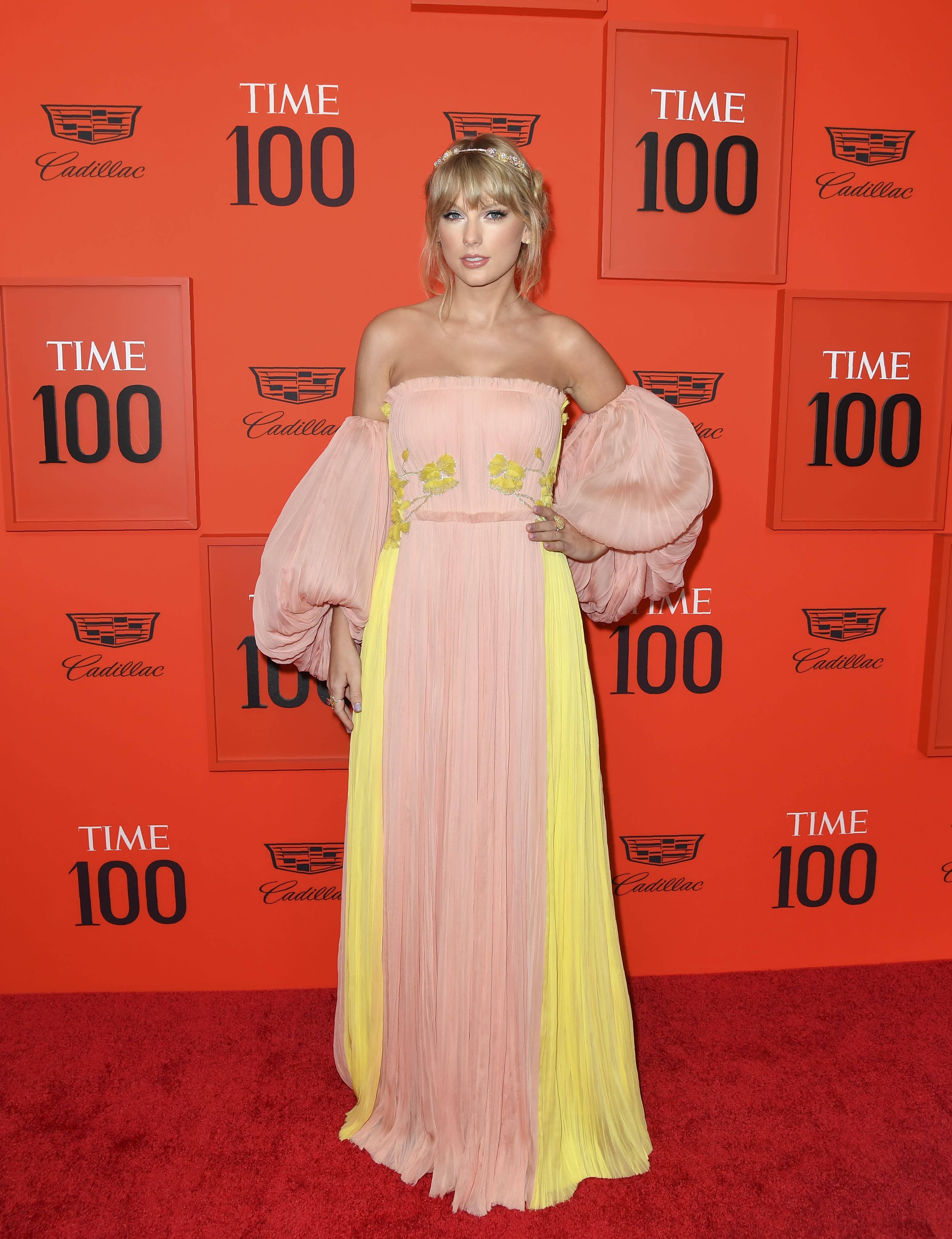 Singer Taylor Swift arrives on the red carpet for the Time 100 Gala at the Lincoln Center in New York on April 23, 2019