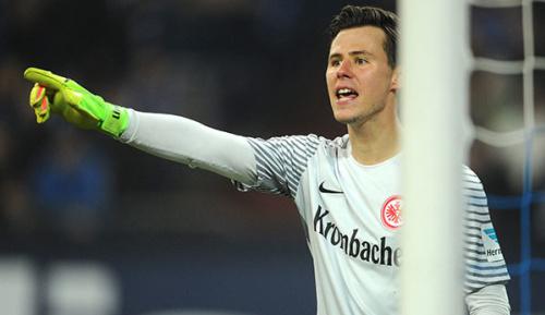 Bundesliga: Zahlreiche Interessenten für Eintracht-Goalie Heinz Lindner