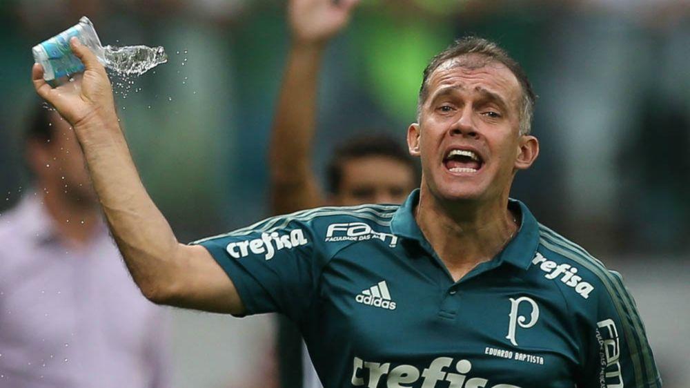 Cinco meses após demissão, Palmeiras reencontra Eduardo Baptista