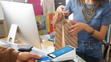 Should You Start Your War on Cash Basket With Square?