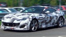 Cazado en vídeo un misterioso Ferrari Portofino, cargado de camuflaje