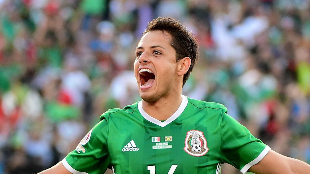 Chicharito ties Mexico all-time scoring record with goal against Costa Rica