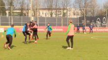 Football : bagarre entre deux joueurs du Feyenoord Rotterdam (vidéo)