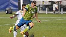 Timbers get late winner from Mora, top rival Sounders 2-1