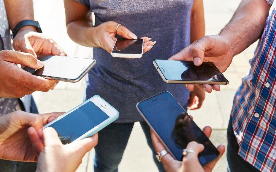 How to Mute Annoying Group Texts on Your iPhone