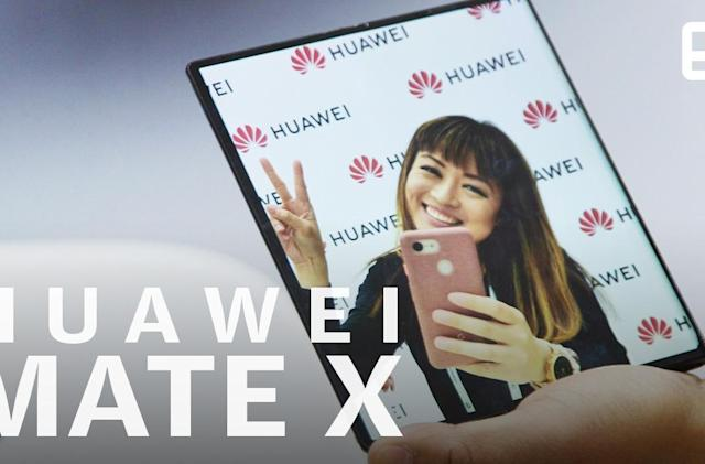 A closer look at the foldable Huawei Mate X