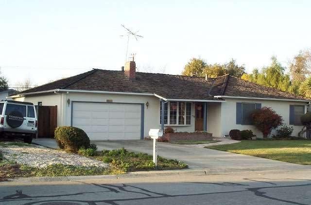 Wozniak: Apple's famed garage start is only a myth