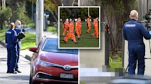 Man seen fleeing before body found on Melbourne footpath