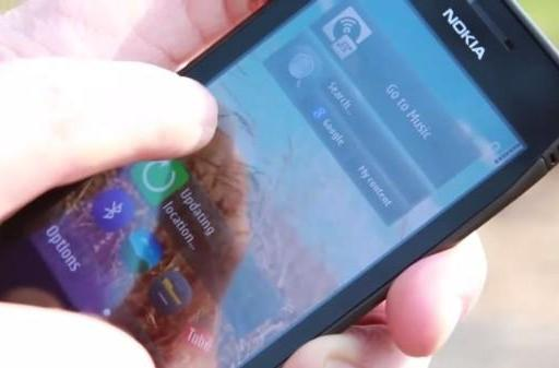 New Symbian UI stars in pulled promo vid, takes Three UK for a dizzying spin