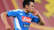 Lozano comienza a lucir con Napoli, que vence a Genoa