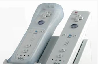 TeknoCreations' InCharge juices Wiimotes through silicone skins