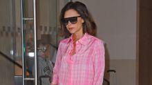 Victoria Beckham: Mit Schlafanzug in den Straßen von New York unterwegs