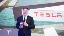 Jack Dorsey asks Elon Musk how to improve Twitter
