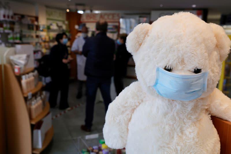 Coronavirus: 25.207 nouveaux cas et 286 nouveaux décès en France