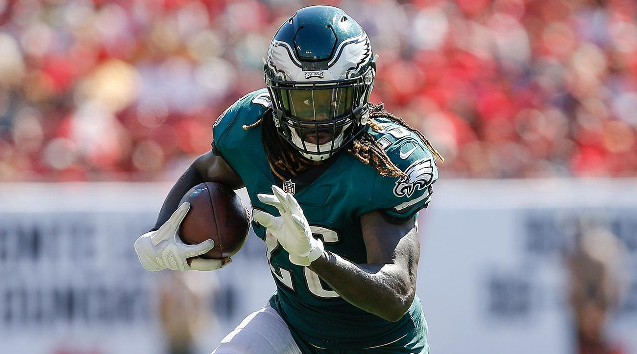 Fantasy Fallout of Jay Ajayi's Torn ACL Injury