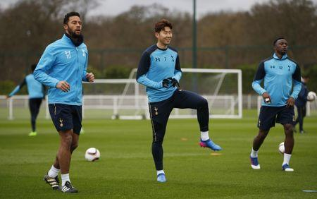 Tottenham's Mousa Dembele, Son Heung-min and Victor Wanyama during training
