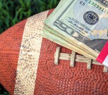 2 Gambling Stocks Besides DraftKings That Robinhood Investors Love