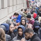 LIVE: Canada reacts to legalization with lineups, glitches and memes