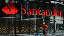 Santander Eyes Expansion in Leveraged Finance, ESG-Linked Debt