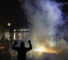 Daunte Wright – live: Chauvin defence begins as Minneapolis rocked by night of protests and tear gas