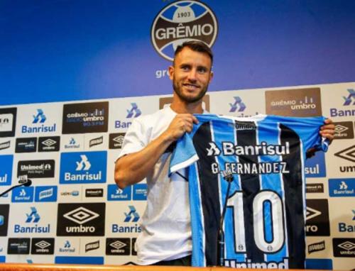 Dono 'provisório' da 10, Gastón Fernández diz que chega ao Grêmio com fogo de jovem
