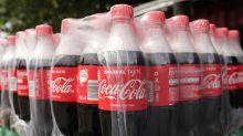 Coca-Cola setzt weiter auf Plastikflaschen und erntet Shitstorm