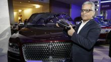 Ford names Lincoln chief to replace ousted N. American head