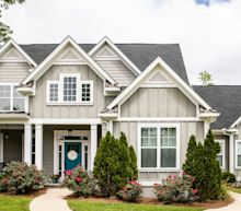 Existing home sales tumble 17.8% in April