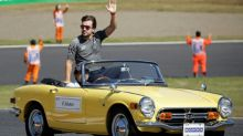 Alonso signs new deal in boost for McLaren
