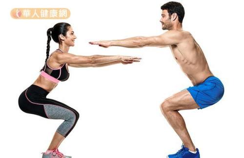 想要練出翹臀,超模有口皆碑、一致推薦深蹲。