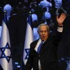 Israeli leader invites rival to join in unity government