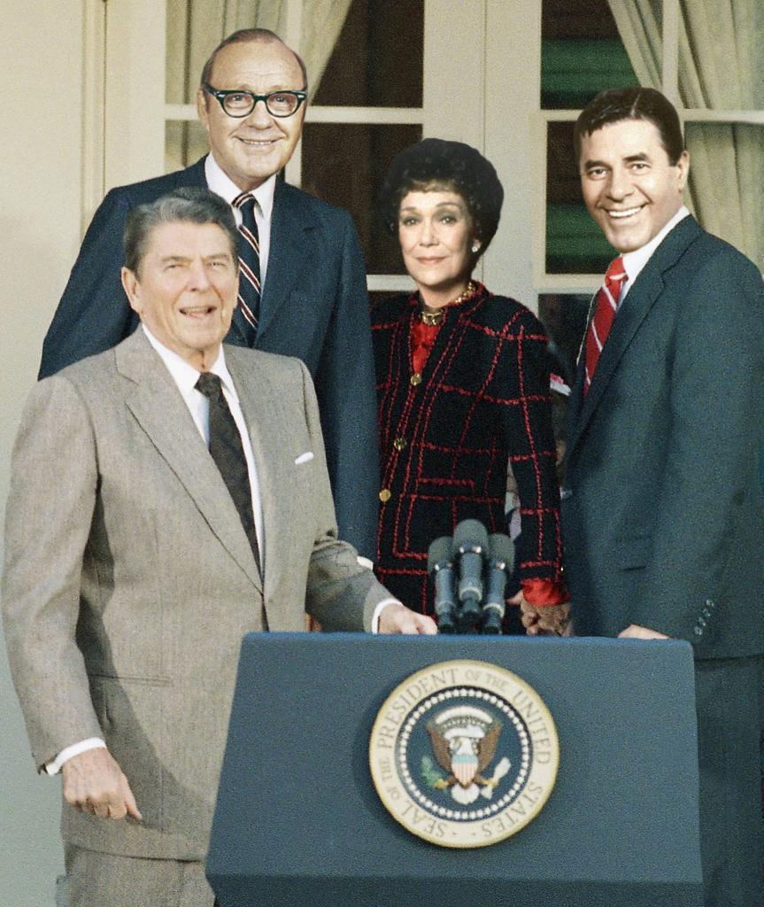 What Ronald Reagan's Cabinet from 'Back to the Future' Would've ...