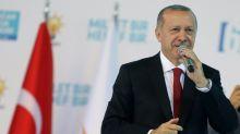 Presidente Erdogan garante que a Turquia 'não se entregará' aos EUA