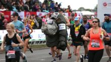 London Marathon becomes elite-only race running laps in St James' Park
