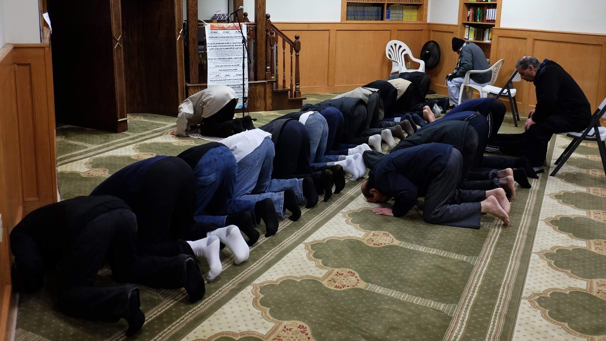 "brillion muslim Muslim employees can only leave work to pray during meal breaks, according to a new policy imposed at ariens manufacturing in brillion, wisc ""it is absolutely discrimination on its face,"" employee adan hurr told wbay news ""allow me to pray so that i can go back to work and do what i love to."