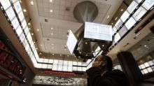 Bovespa mostra fraqueza; noticiário corporativo ocupa holofotes