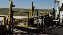 U.S. oil service firms face tough quarter despite high crude prices