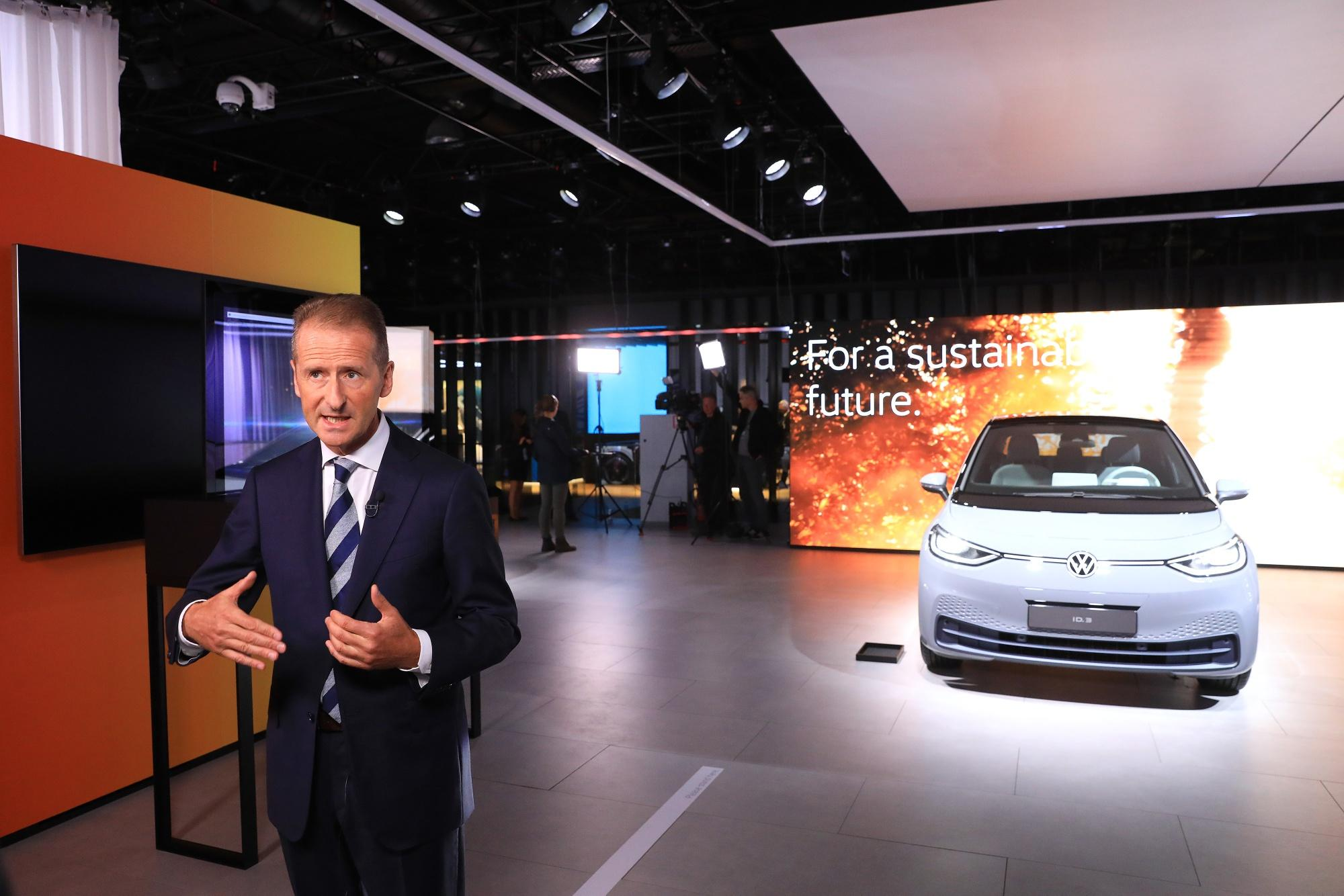 vw-warns-trade-war-gloom-is-getting-scary-as-car-sales-slow