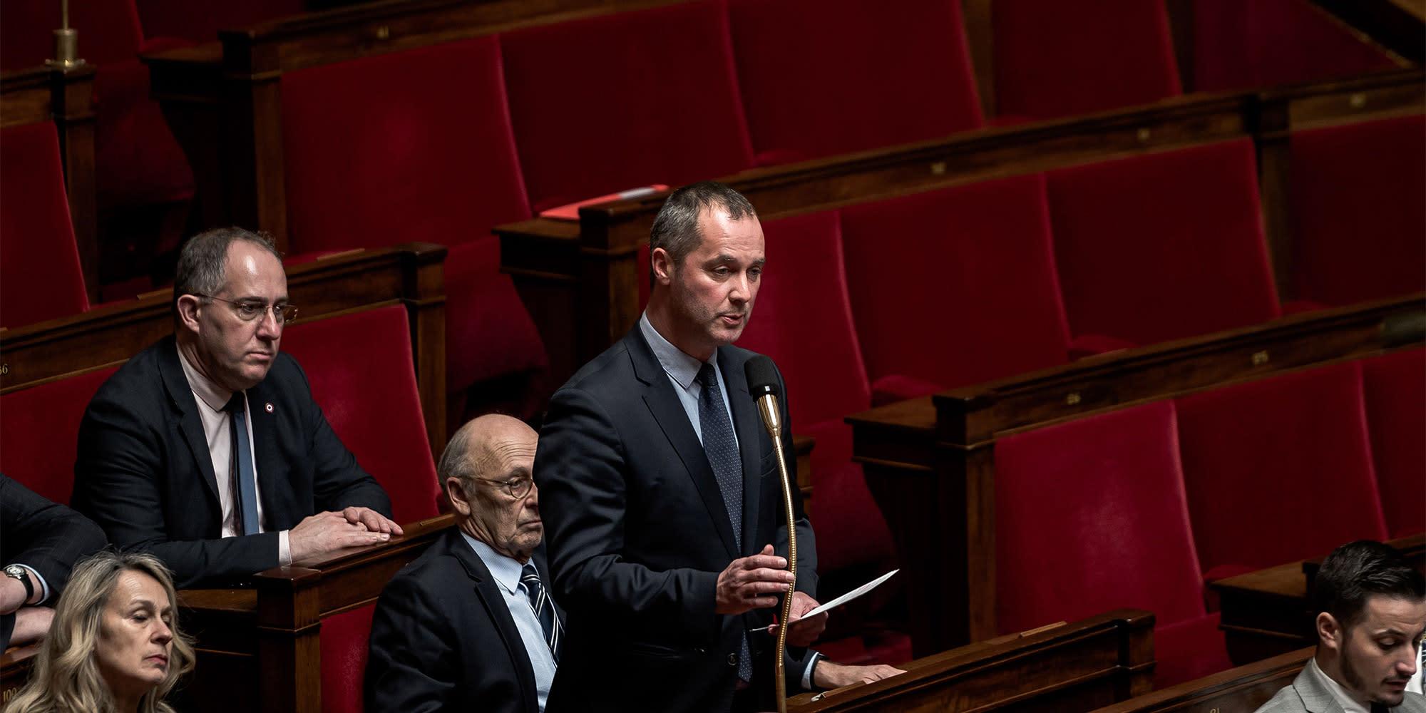 """TRIBUNE. 41 députés LR : """"Dans une France en état d'urgence, la droite républicaine doit être au rendez-vous"""""""