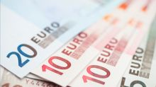 Forex- Euro Rallies as Dollar Falls Amid Trade Worries