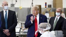 """Acorralado por los contagios, Trump da marcha atrás con el cubrebocas: """"Me gusta, parezco el llanero solitario"""""""