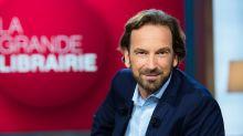 """""""La grande librairie"""" : pourquoi François Busnel reçoit Marc Levy pour la première fois"""